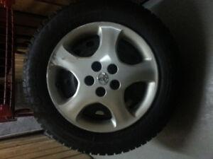 pneus hiver Pirelli  195/65/15   300$ Neg  514-995-7798