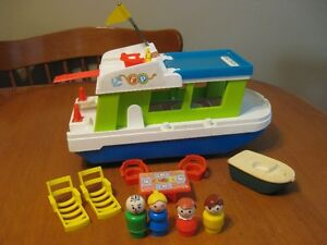 VINTAGE FISHER PRICE LITTLE PEOPLE HAPPY HOUSEBOAT