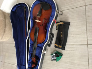 """Andrew Schroetter 15.5"""" Viola, case, rosin, and chin rest"""