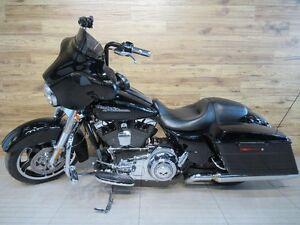 2013 Harley-Davidson FLHX Street Glide 78.65$/SEMAINE