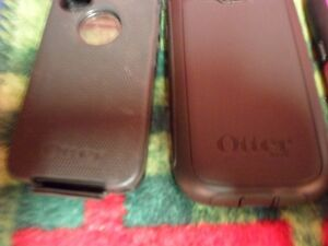OTTER CELL PHONE CASES, VARIOUS SIZES $20 EACH. Prince George British Columbia image 4