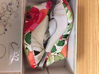 Sling back wedged sandal with floral design - size 3