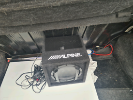 Alpine car subwoofer/amp
