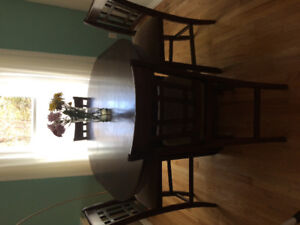 Selling dining table set