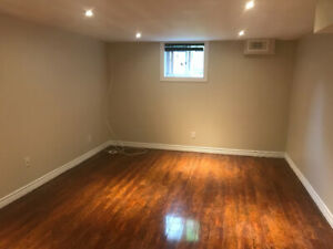 Bachelor apartment north end Peterborough All inclusive