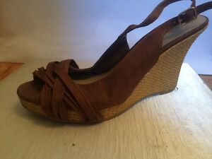 Shoes 10$/ea or 25 for 5 Cambridge Kitchener Area image 5