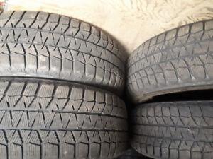 4 pneus d'hiver blizzak 205/60r16