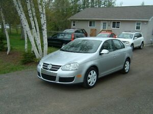 2007 Volkswagen Jetta Sedan, never smoked in, new car trade,