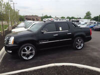 CADILLAC ESCALADE EXT - MINT!!
