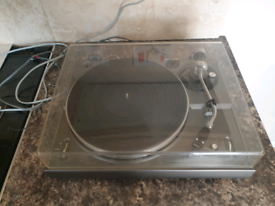 Rotel RP1300 turntable