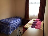 Nice room to share for women to rent in Mile End, all bills included, free wifi, ID:492