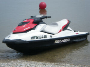 VIKING RENTALS - SEA-DOO Rentals on the Beach in GIMLI!