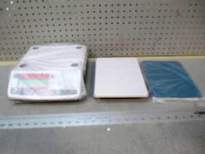 NEW - OHAUS Valor Compact Bench Scale M/N: V11P6 6kg/13lbs Kitchener / Waterloo Kitchener Area image 5