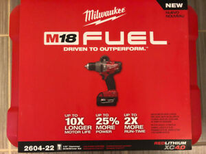 "Milwaukee M18 FUEL 1/2"" Hammer Drill/Driver Kit"