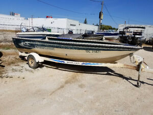 Crestliner 18 ft Tiller conversion and shorelander trailer