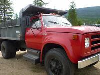 Single Axle / Certified / 2 Speed rear end / Clean Truck / hitch