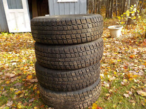 4 -- 195 65 15 studded Cooper Weather Master winter tires