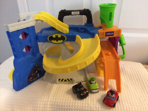 Fisher Price Little People Batman playset amd three cars