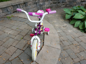 Hello Kitty bike with training wheels