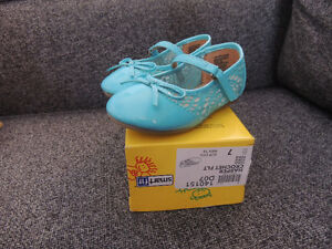 Brand new shoes for little girls size 7 Kitchener / Waterloo Kitchener Area image 2