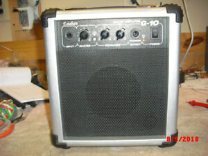 Small Practice Guitar Amp