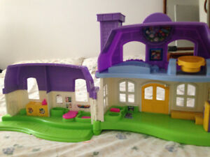 Fisher price doll house little people