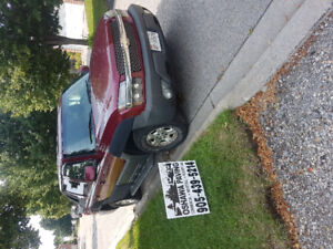 2004 Chevrolet avalanche runs perfect! *low kms