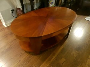 Lazy-Boy Oval Lift-Top Coffee Table (used)