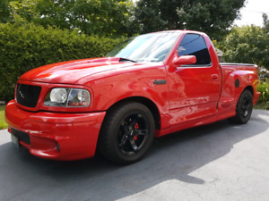WANTED: FORD F150 SVT LIGHTNING PARTS OR COMPLETE TRUCKS 99-04