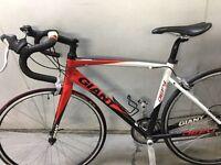 Road bike giant defy3