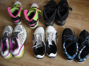 2 pair Girls Sneakers(only 2 pairs left)