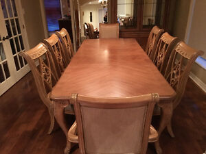 BERNHARDT FURNITURE DINING ROOM with BUFFET