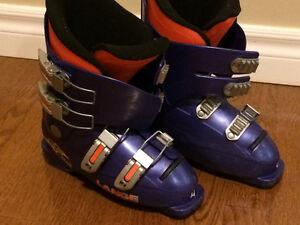 Kid's Ski boots size 22