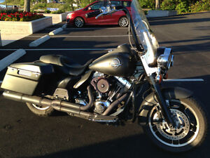 2010 Road King Police - Blacked Out!