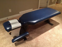 Chiropractic / Massage Table / Bench