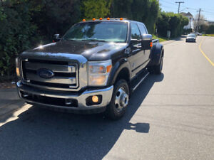 2014 Ford F-350 lariat dually diesel Pickup Truck