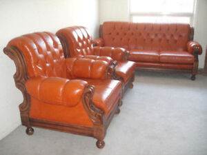 High end antique style leather sofa set, delivery available
