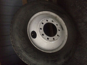 11R24.5 Firestone Tire & Rim