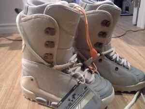 Womens Burton Snowboard Boots (Size 7) Brand New
