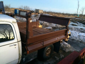 8 foot dump box with tailgate sander