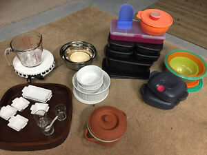 Tupperware and kitchen ware