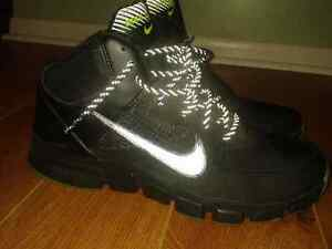 Brand new, mens black, Nike Shield basketball sneakers, size 9.5
