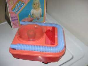 Bright Star toy Vacuum Cleaner vintage Still works! Excellent! Cornwall Ontario image 4