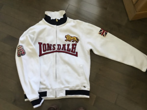 Lonsdale training top