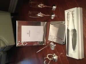 Everlasting Collection - Flutes, Cake Cutter, Signing Book..New