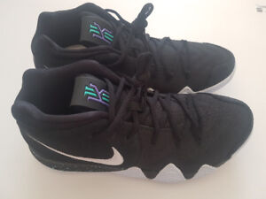 New Kyrie Irving 4 - Size 10