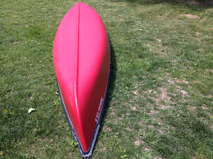 Pelican ram x 15.5 ft canoe with pfds and life jackets