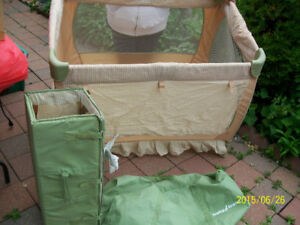 Baby Trend Portable Playpen/Crib With Carrying Case