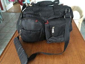 Sac à couches Fisher Price FastFinder Diaper Bag