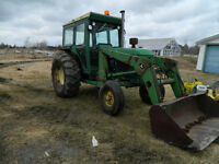 John Deere Tractor, 80HRP 2140 w. Loader and Cab....NEW PRICE...